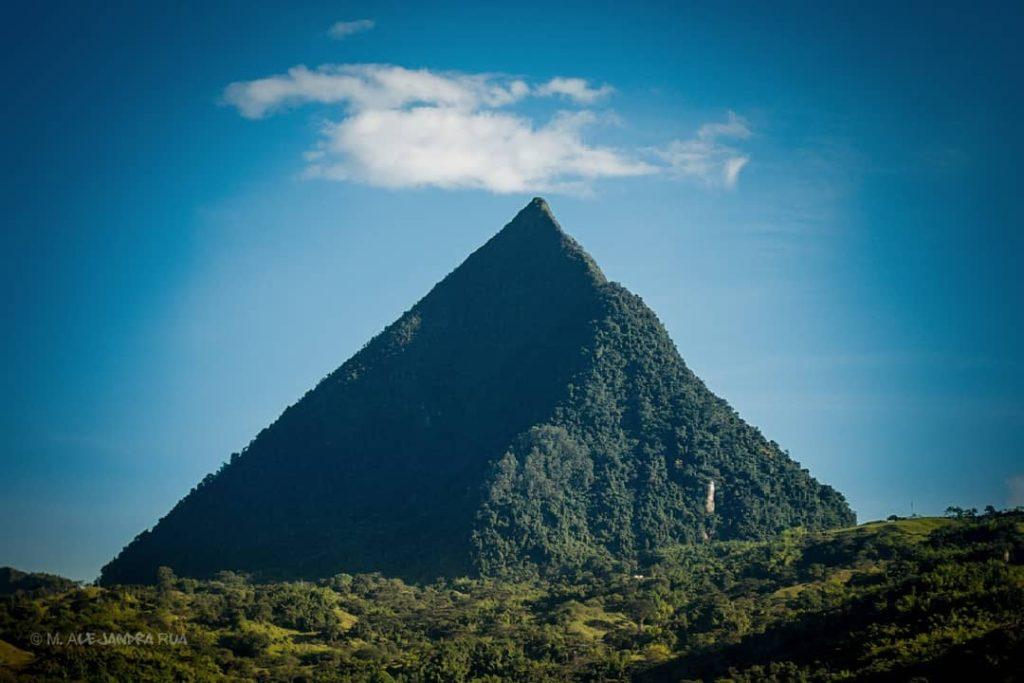 cerro-tusa-colombia