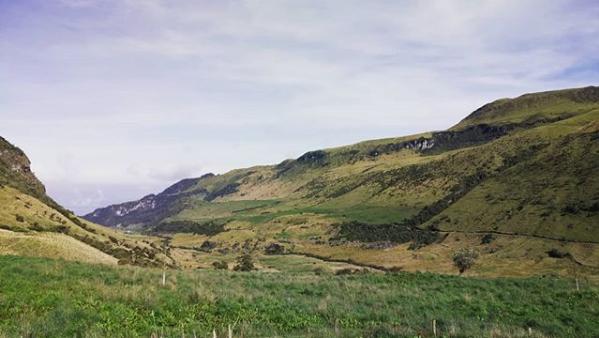 ruta del condor en el parque nacional natural de los nevados