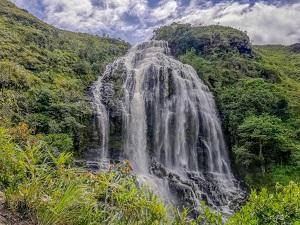Cascada-el-manto-de-la-Virgen-en-santander