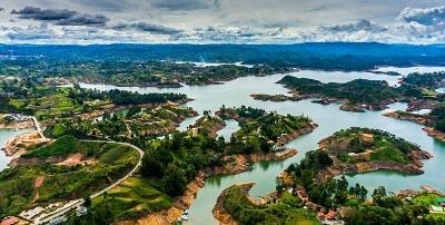 guatape-lugares hermosos-de-colombia